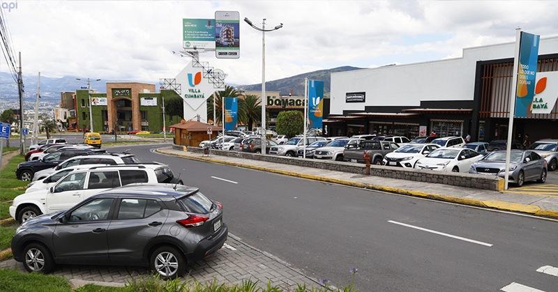 En Cumbayá y Tumbaco se evidenció mayor afluencia de personas en la calle