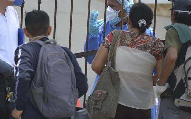 Ecuatorianos en España afrontan crisis económica por pandemia