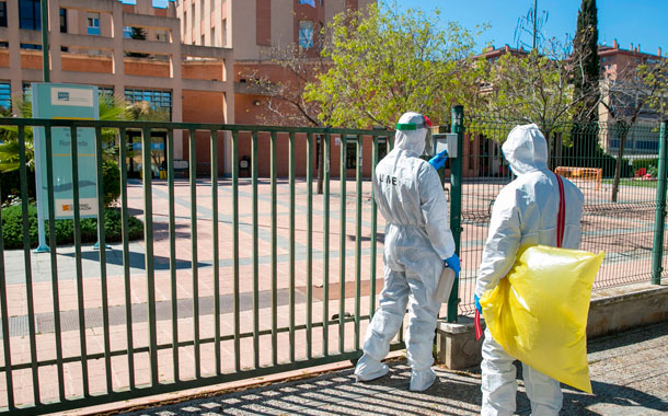 España presenta una desaceleración de contagios y muertes por coronavirus