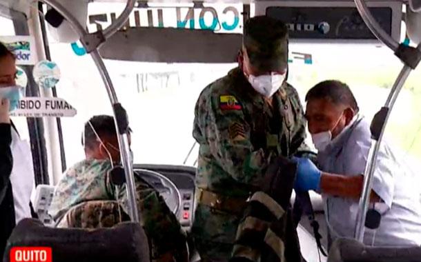 Las Fuerzas Armadas posibilitan el traslado de los pacientes
