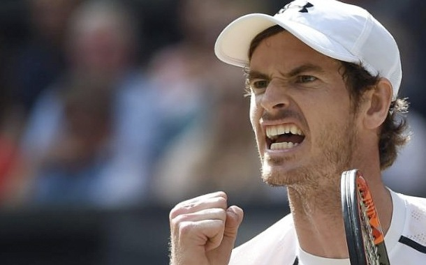 Andy Murray realiza donación a hospital en Inglaterra