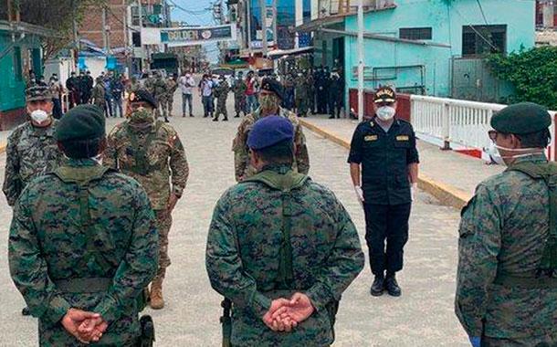 Perú refuerza la frontera con Ecuador
