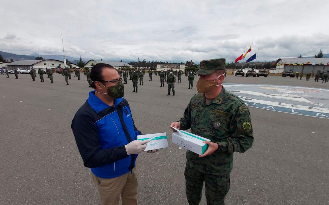 Comandante del Ejército recorrió las instalaciones de la Brigada Galápagos