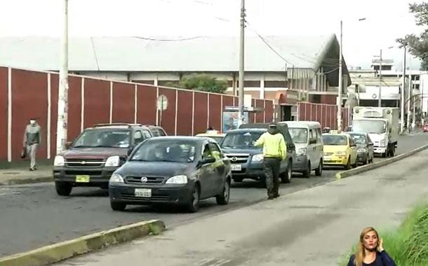 Gran movimiento vehicular en el sur de Quito