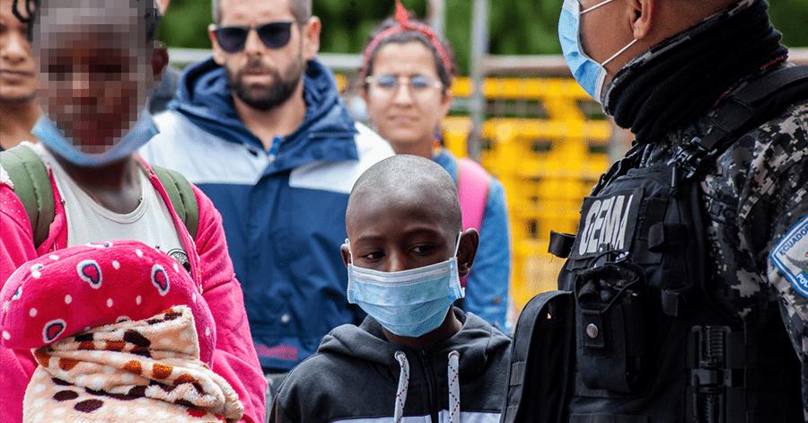 Centenares de ciudadanos venezolanos están en el paso fronterizo con Colombia