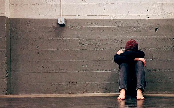 Aceptar la tristeza es fundamental en el duelo