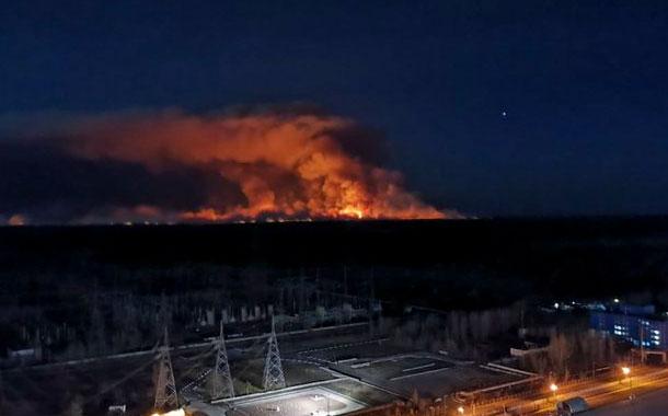 Ucrania controla incendios forestales cerca de Chernóbil