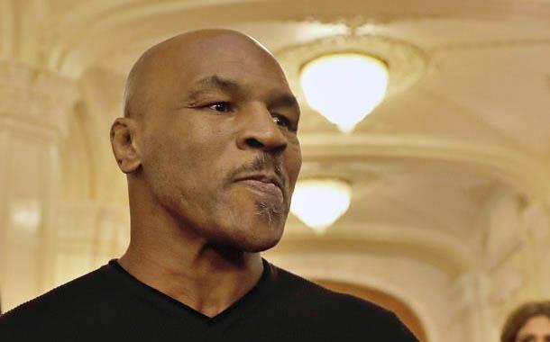Mike Tyson sigue buscando contra quien pelear
