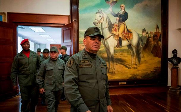 La cúpula militar expresa