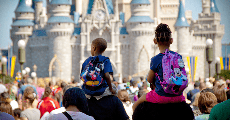 Disneyland en Shanghái reabre en medio de la pandemia por coronavirus