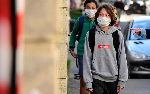 Francia volvió a cerrar 70 escuelas por nuevos casos de coronavirus