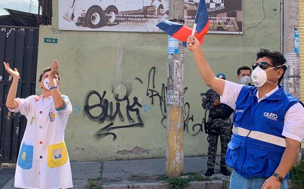 Fundación Cecilia Rivadeneira realiza obras de arte en barrios de Quito