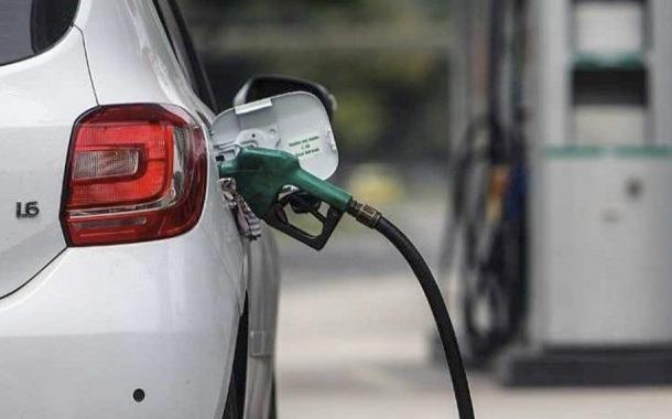 Gasolina y diésel baja y se crea un sistema de bandas para los precios
