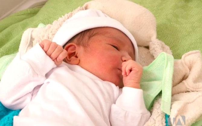 Alrededor de 800 niños nacieron durante la emergencia sanitaria