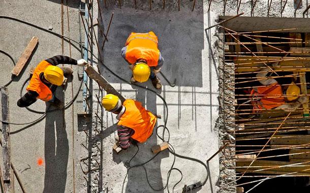 Con medidas de bioseguridad el sector de la construcción retoma sus labores