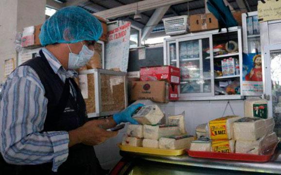 Operativos en mercado de Sauces 9 para controlar los precios de productos