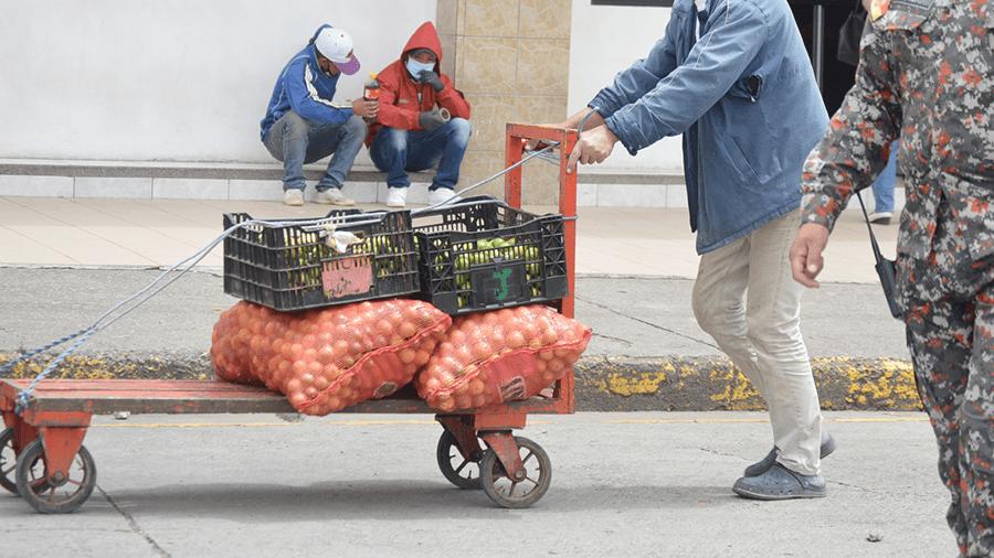 Comerciantes piden al COE cantonal permiso para trabajar por cuatro horas
