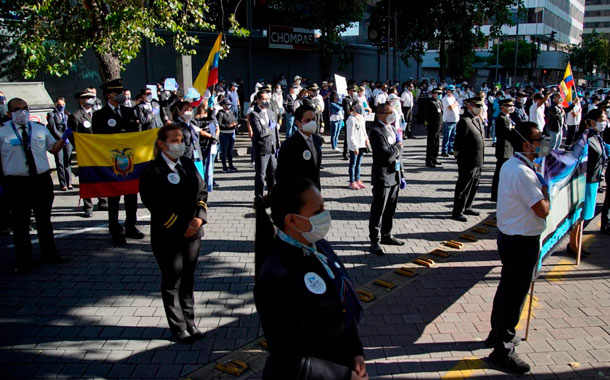 Empleados públicos protestaron por el cierre de empresas