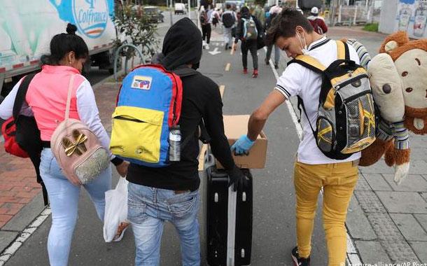 Cifra de venezolanos en Colombia desciende