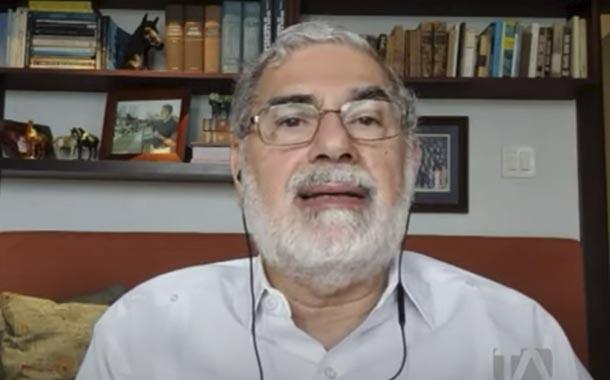 Alberto Dahik analiza la corrupción en la seguridad social