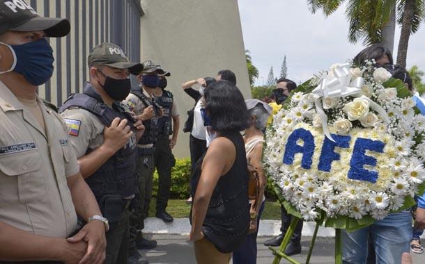 Carlos Luis Morales fue enterrado en Parque de la Paz