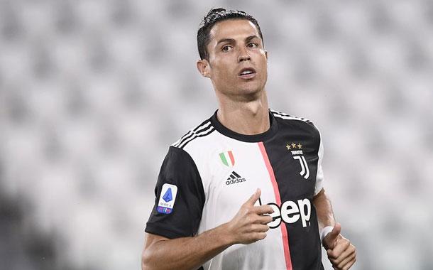 Cristiano recupera sus superpoderes y Juve golea a Lecce