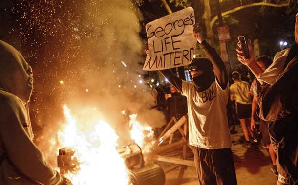 Estados Unidos: al menos tres muertos por disturbios
