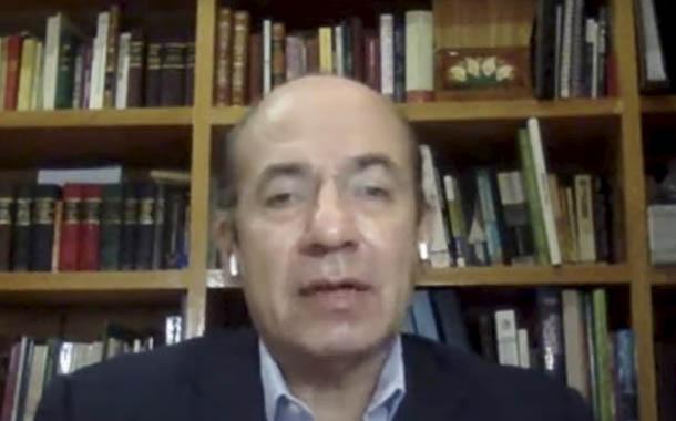 Felipe Calderón apunta a un futuro latinoamericano sostenible