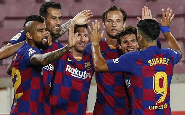 Messi llega a 700 goles pero Barça cede más puntos