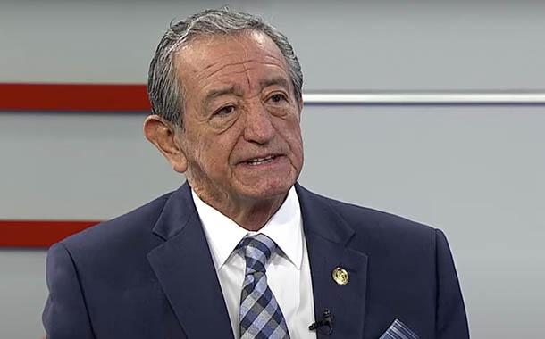 Entrevista al ministro de Defensa Oswaldo Jarrín