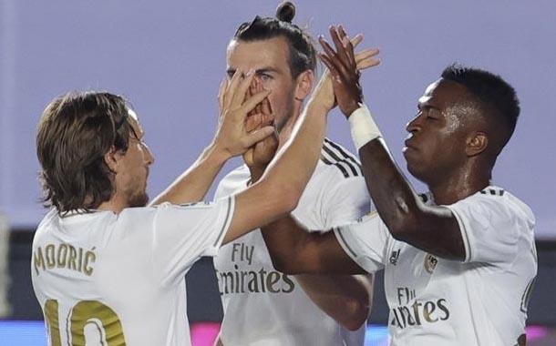 Real Madrid derrota a Mallorca y sigue como líder