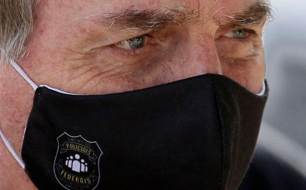 Juez obliga a Bolsonaro a ponerse mascarilla en público