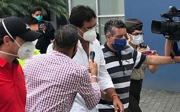 Juez prohíbe la salida del país al prefecto Carlos Luis Morales