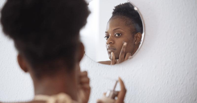 Empresa retirará del mercado sus cremas para blanquear la piel
