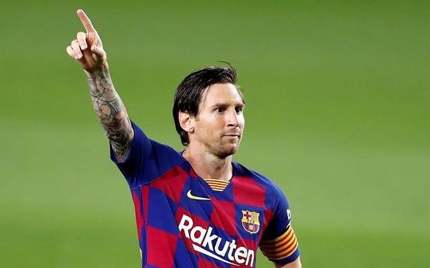Messi cumple 33 años, y sigue buscando su gol 700