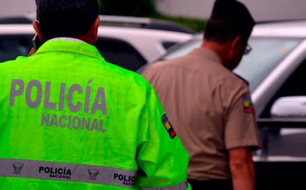 Dos policías heridos tras atender alerta de violencia intrafamiliar