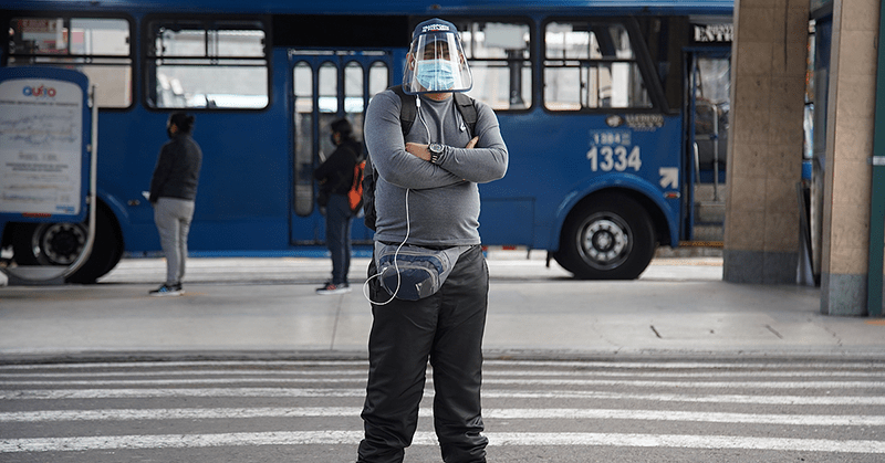 Retoman las actividades en la capital en el primer día de semáforo amarillo