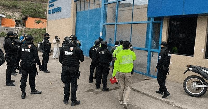 Nueve funcionarios de la cárcel