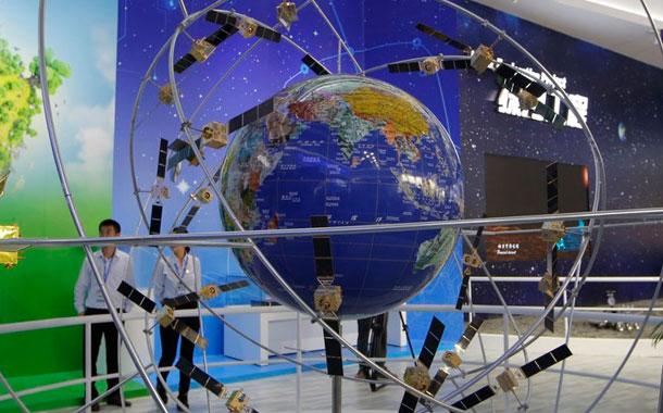 China aplaza lanzamiento para completar su red rival de GPS