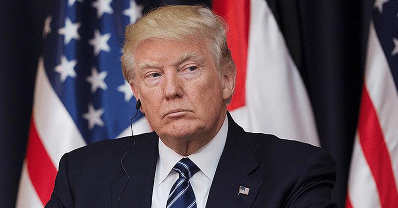Invadir Venezuela sería 'genial', dijo Trump según el libro de su exasesor