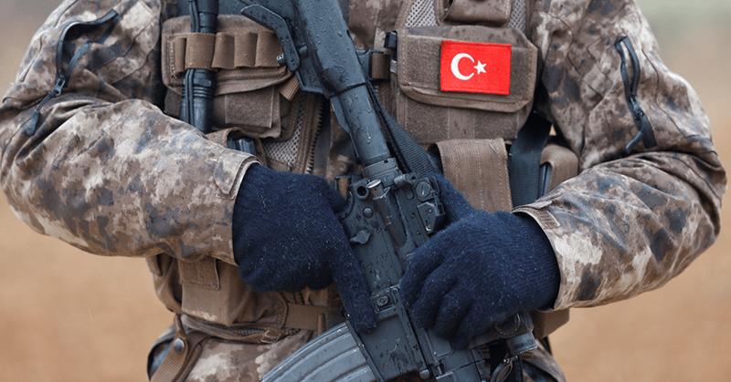 Cadena perpetua a 121 militares en Turquía por fallido golpe de Estado