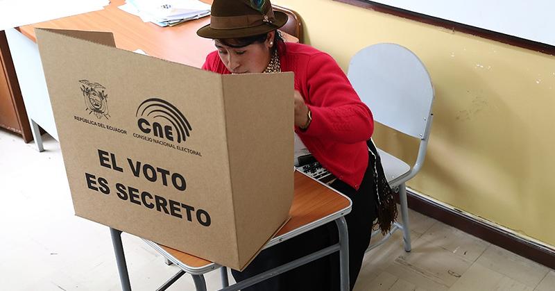 Representantes de organizaciones políticas rechazan el voto electrónico