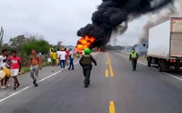Al menos siete muertos tras incendio de un camión cisterna en Colombia