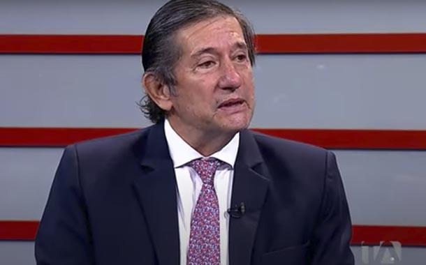 César Rohón analiza el panorama político ecuatoriano