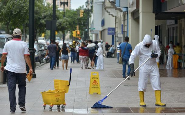 Incidencia del coronavirus en Guayaquil, con ligera tendencia a la baja