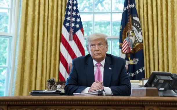 Trump firma memo que afectaría conteo de migrantes