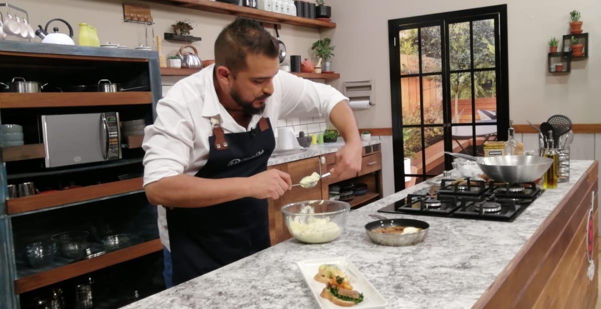 La Cocina del Chef: montadito de bifé, montadito de salmón, galleta de sartén, crema de maracuyá