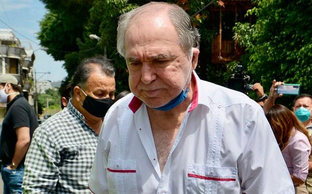 Fiscalía pide formulación de cargos contra expresidente Bucaram y su hijo Dalo