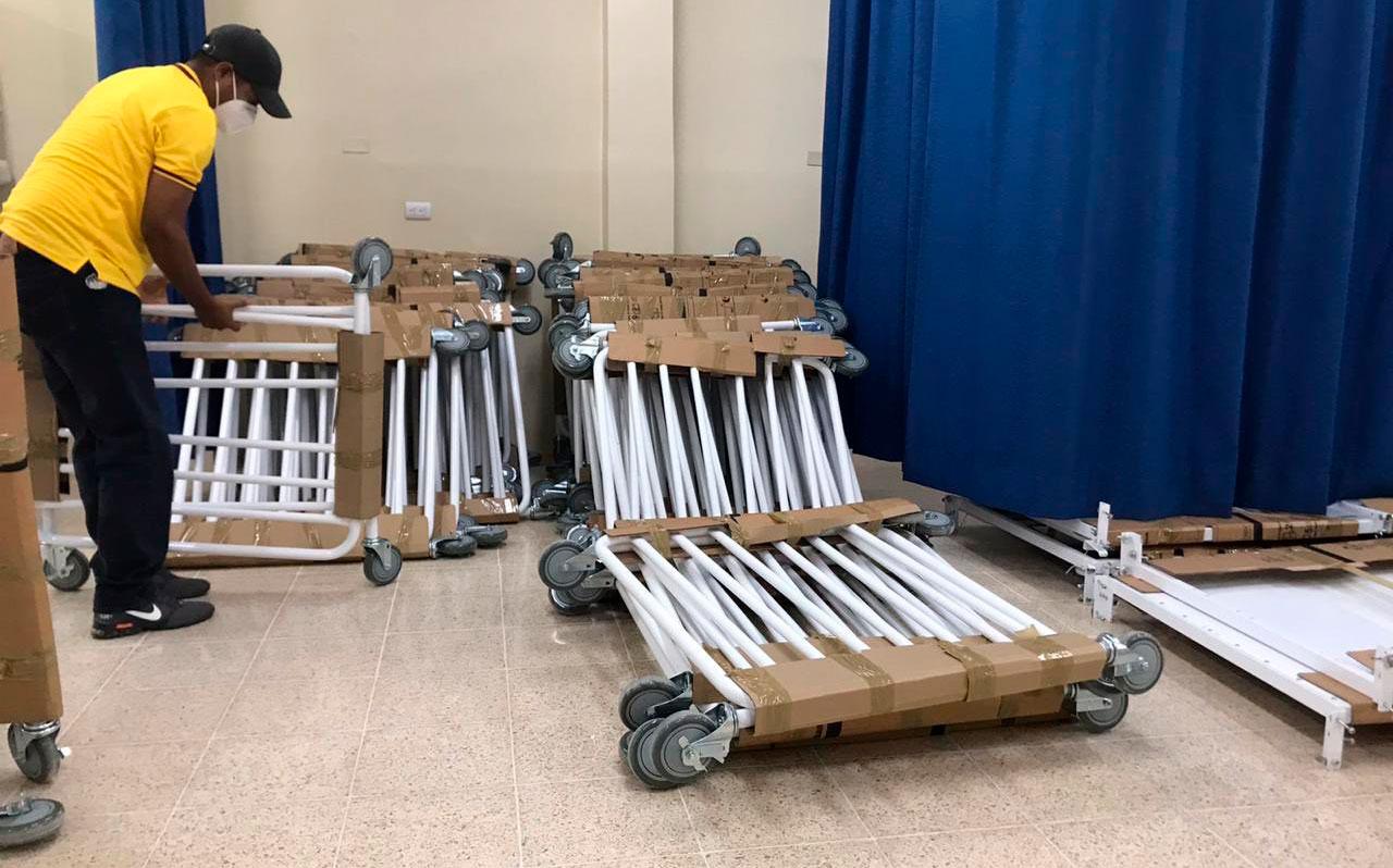 Guayaquil envía camas, oxígeno, carpas e insumos médicos a Quito