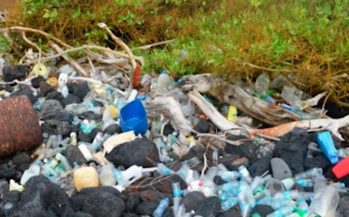 Desechos con etiquetas en chino  llegan a Galápagos